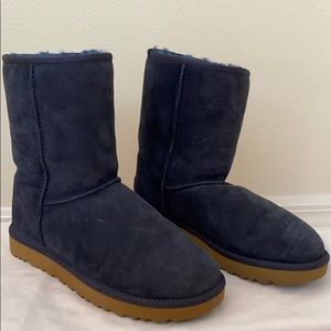 Never worn navy blue UGG boot.